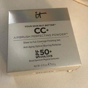 NEW it cosmetics Fair airbrush perfecting powder